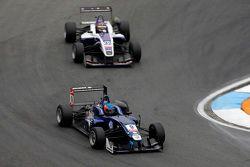 Tatiana Calderon, Carlin Dallara Volkswagen , dan Zhi Cong Li, Fortec Motorsports Dallara Mercedes-B