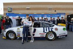 Le poleman Brad Keselowski, Team Penske Ford