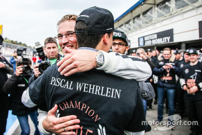 DTM-Champion 2015: Pascal Wehrlein, HWA AG, Mercedes-AMG C63 DTM