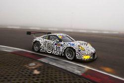 #911 Porsche Takımı Porsche 911 GT3 R: Nick Tandy, Frédéric Makowiecki