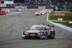 Timo Scheider , Audi Sport Team Phoenix Audi RS 5 DTM mène