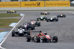 Lance Stroll, Prema Powerteam Dallara Mercedes-Benz and Sergio Sette Camara, Motopark Dallara Volksw