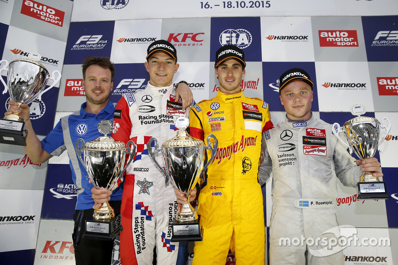 Race 2 Podium: second place Jake Dennis, Prema Powerteam Dallara Mercedes-Benz and winner Antonio Giovinazzi, Jagonya Ayam with Carlin Dallara Volkswagen and third place Felix Rosenqvist, Prema Powerteam Dallara Mercedes-Benz