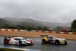 #52 BMW Team Marc VDS BMW Z4: Andy Priaulx, Henry Hassid, Jesse Krohn, #3 Team LNT Ginetta - Nissan:
