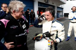 Jacques Nicolet speaks with Pierre Fillon, president of the ACO, after testing the Ligier JS P3 - Ni