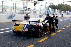 #66 JMW Motorsport Ferrari F458 Italia: Rory Butcher, Robert Smith, James Calado