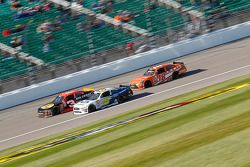 Ty Dillon, Richard Childress Racing Chevrolet ve Darrell Wallace Jr., Roush Fenway Racing Ford ve Da