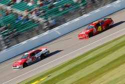 Ryan Reed, Roush Fenway Racing Ford ve Ross Chastain, JD Motorsports Chevrolet