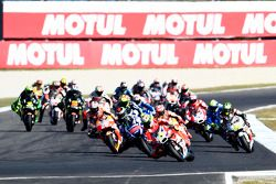 Départ : Andrea Iannone, Ducati Team mène