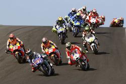 Départ : Jorge Lorenzo, Yamaha Factory Racing mène