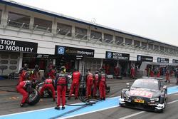 Adrien Tambay, Audi Sport Team Abt Sportsline, Audi RS 5 DTM; Timo Scheider, Audi Sport Team Phoenix