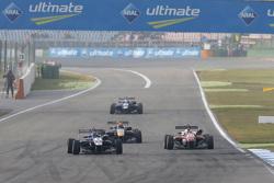 Tatiana Calderon, Carlin Dallara Volkswagen and Maximilian Günther, Prema Powerteam Dallara Mercedes
