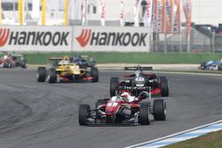 Felix Rosenqvist, Prema Powerteam Dallara Mercedes-Benz and Alexander Albon, Signature Dallara Volks