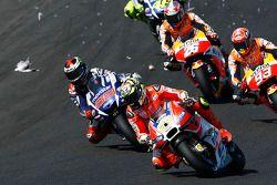 Andrea Iannone, Ducati Team percute une mouette