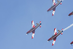 Pattuglia acrobatica in volo