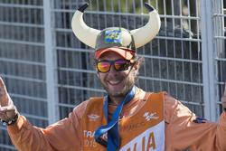 Tifoso di Valentino Rossi, Yamaha Factory Racing