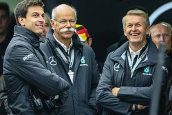 Toto Wolff, Mercedes AMG F1 Shareholder and Dieter Zetsche, Mercedes CEO