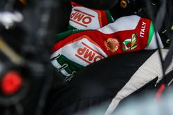 Gloves of Petter Solberg, SDRX Citroën DS3 RX