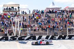 Ganador de la carrera Rogelio López, Alpha Racing