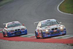BMW M3 E46 #1 Paolo Meloni e Massimiliano Tresoldi, W & D Racing Team, davanti alla BMW M3 E46 #2 Wa
