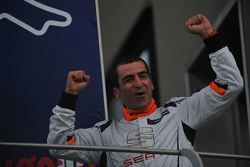 Il vincitore di Gara 2 Jordi Gené Guerrero, Seat Motorsport Italia