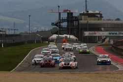 Partenza Gara 2: Jordi Gene Guerrero ,Seat Motorsport Italia, Seat Leon Racer-TCR #103 al comando