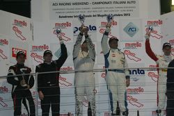 Podio Gara1, 1a divisione: i vincitori Walter Palazzo e Massimo Zanin, W & D Racing Team, al secondo