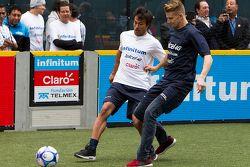 Nico Hulkenberg, Sahara Force India gioca una partita di calcio a Città del Messico