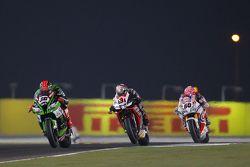 Tom Sykes, Kawasaki, Jordi Torres, Aprilia Racing Team et Michael van der Mark, Pata Honda