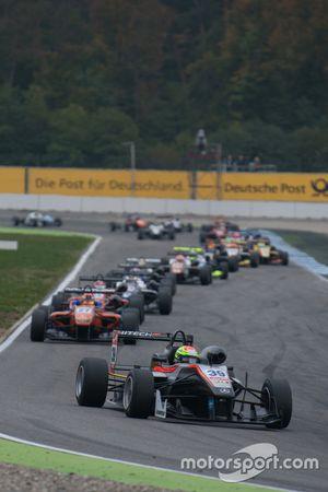 Alexander Sims, HitechGP F3 Dallara Mercedes-Benz