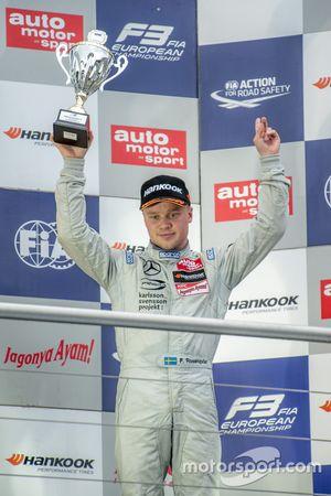 2. Yarış üçüncü Felix Rosenqvist, Prema PowerTeam Dallara Mercedes-Benz