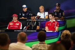 FIA Basın Konferansı: Marcus Ericsson, Sauber F1 Takımı; Valtteri Bottas, Williams; Daniel Ricciardo