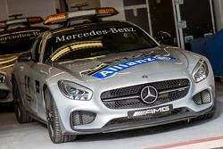 FIA güvenlik aracı