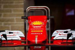 Ferrari SF15-T voorvleugel