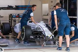 Williams FW37 of Valtteri Bottas, Williams FW37 in the pits