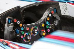 Williams FW37 roda kemudi