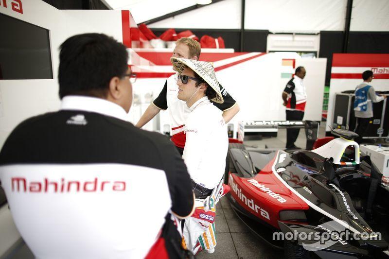 Dilbagh Gill, Team Principal della Mahindra Racing con Bruno Senna, Mahindra Racing