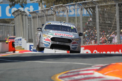 Cameron Waters en Russell Ingall, Prodrive Racing Australia Ford