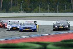 Максим Мартен (BMW M4 DTM), Гэри Паффет (Mercedes C 63 DTM), Адриен Тамбэ (Audi RS 5 DTM)