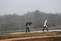 Fans en la lluvia