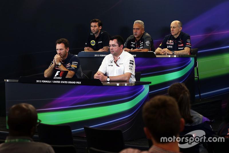 Пресс-конференция FIA: Мэттью Картер, генеральный директор Lotus F1 Team; Доктор Виджей Малья, владе