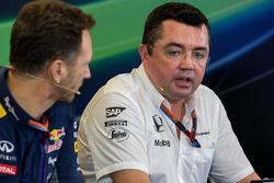Christian Horner, Red Bull Racing Director del Equipo con Eric Boullier, McLaren Director de carrera