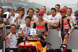 Le poleman, Dani Pedrosa, Repsol Honda Team et le deuxième, Marc Marquez, Repsol Honda Team