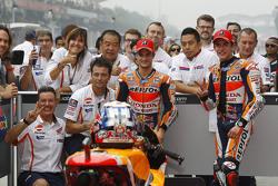 Ganador de la Pole Dani Pedrosa, Repsol Honda Team y el segundo sitio Marc Márquez, Repsol Honda Tea