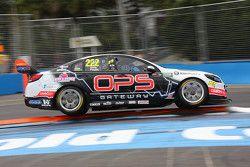 Nick Percat und Oliver Gavin, Lucas Dumbrell Motorsport, Holden
