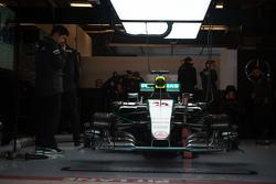 Mercedes AMG F1 W06 of Lewis Hamilton, Mercedes AMG F2