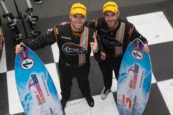Para juara balapan Shane van Gisbergen, Jonathon Webb, Tekno Autosports Holden