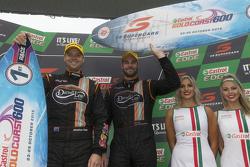 1. Shane van Gisbergen und Jonathon Webb, Tekno Autosports, Holden