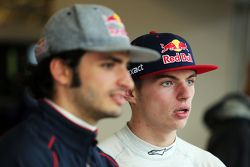 Carlos Sainz Jr., Scuderia Toro Rosso met Max Verstappen, Scuderia Toro Rosso