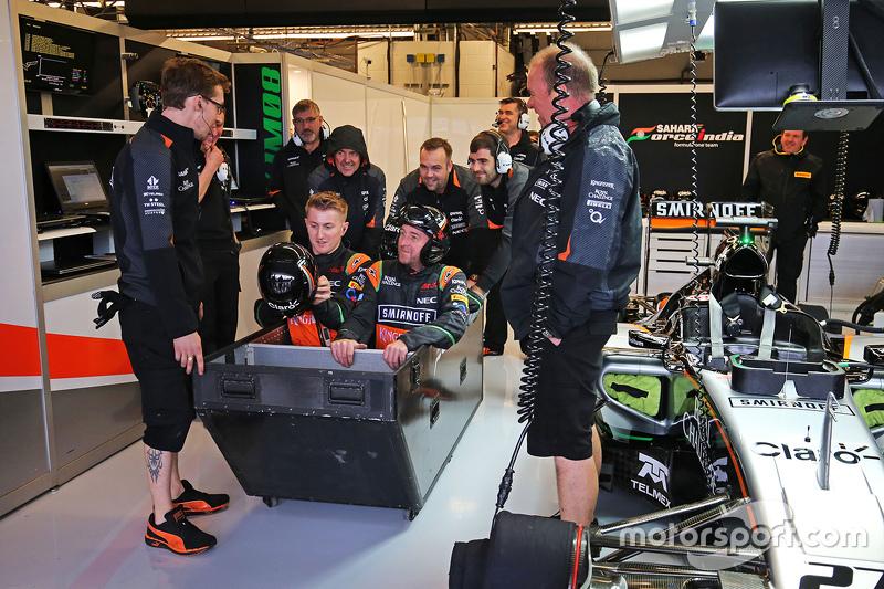 Bastelstunde bei Force India